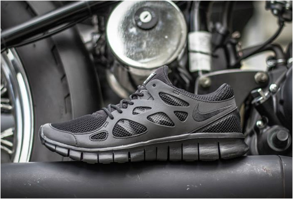 nike-free-run-2-triple-black-4.jpg | Image