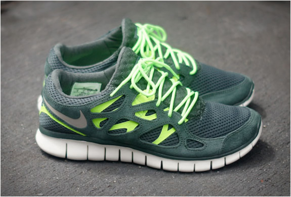 Amazon: Nike Mens FS Lite Run 2 Running Shoe: Shoes