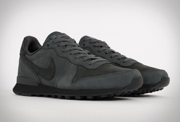 nike-internationalist-lx-anthracite-6.jpg