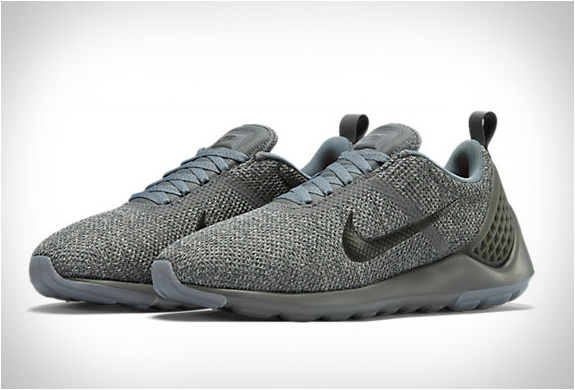 nike-lunarestoa-2-se-cool-grey-7.jpg