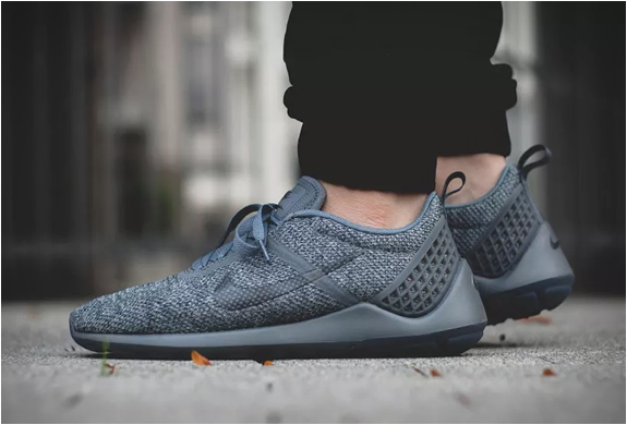 NIKE LUNARESTOA 2 SE COOL GREY | Image