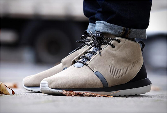 NIKE ROSHE RUN SNEAKERBOOT | Image