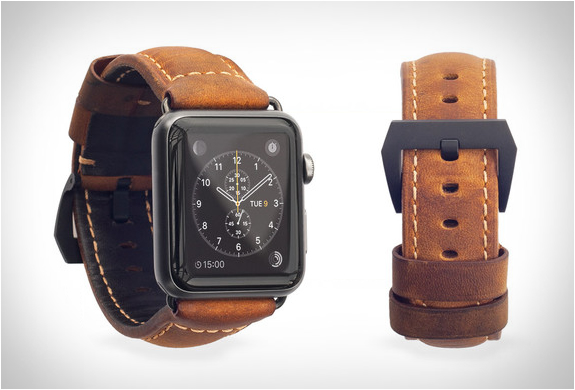 nomad-leather-strap-apple-watch-5.jpg