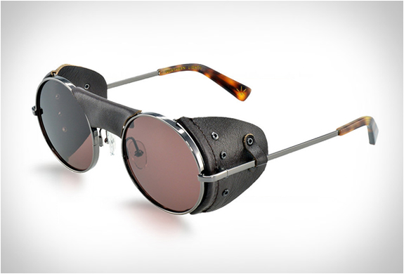 MOUNTAINEERING SUNGLASSES | BY NORTHERN LIGHTS | Image