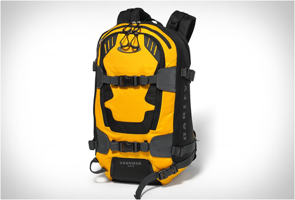 oakley-snowmad-ras-backpack-3.jpg | Image