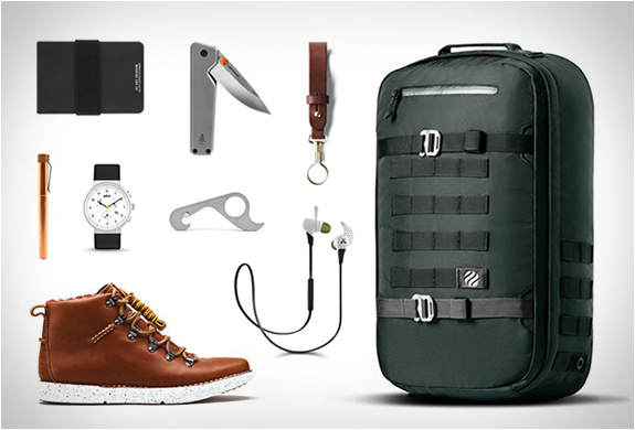 OCTOBER FINDS ON HUCKBERRY | Image