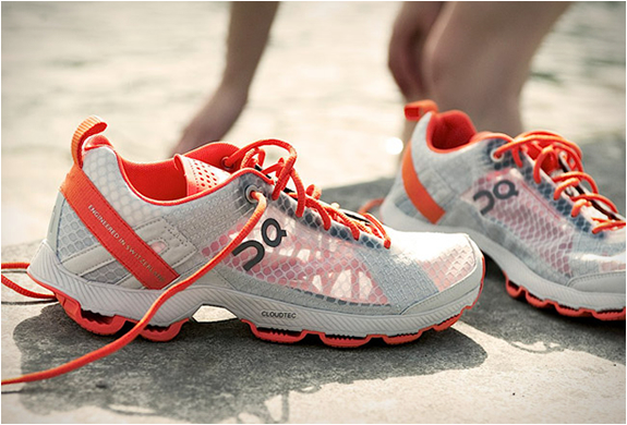 ON CLOUDRACER | ULTRALIGHT RUNNING SHOES | Image
