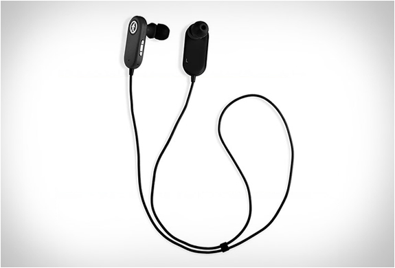 outdoor-tech-tags-wireless-earbuds-2.jpg | Image