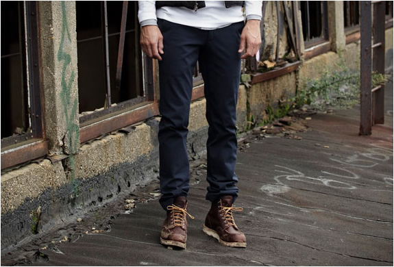 outlier-autumnweight-chino-3.jpg | Image