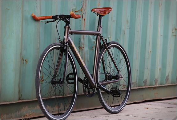 overlap-bikes-5.jpg | Image