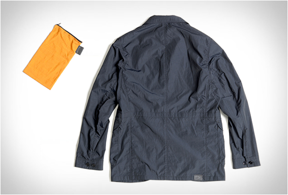 pedaled-saddle-packable-jacket-4.jpg | Image
