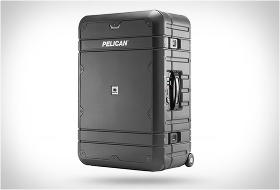 pelican-elite-luggage-7.jpg