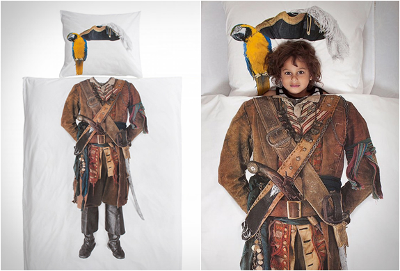 PIRATE DUVET COVER | Image