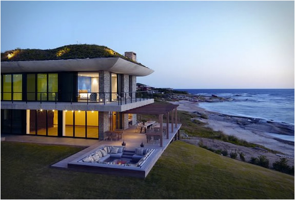 PLAYA VIK | SPECTACULAR VILLA FOR RENT IN URUGUAY | Image