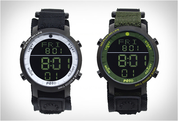 PLAYDESIGN SUPER DIGITAL WATCH | Image