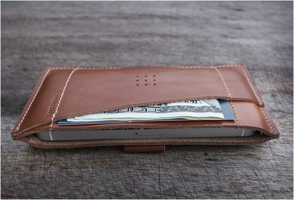 Classic Iphone Wallet | By Posh Projects | Image