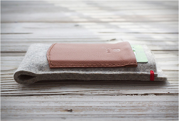 puurco-iphone-wallet-3.jpg