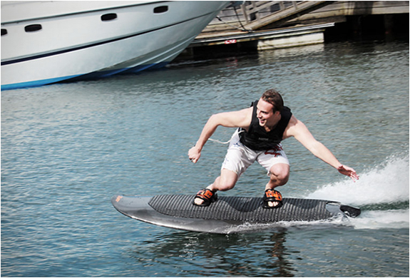 Radinn Electric Wakeboard | Image