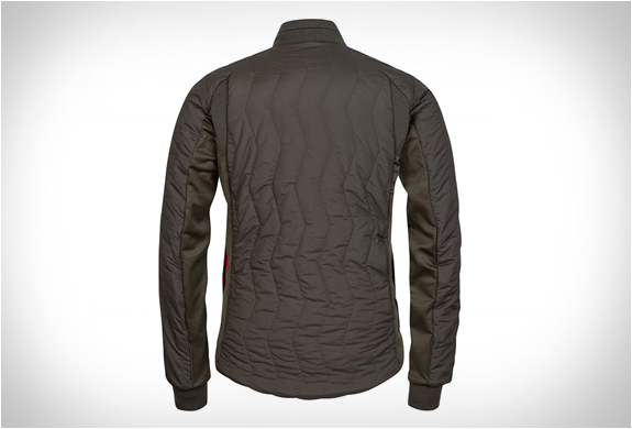 rapha-raeburn-quilted-jacket-11.jpg