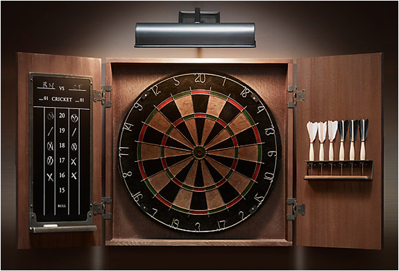 Tournament Dartboard Set | Image