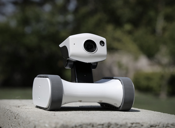 riley-home-monitoring-robot-5.jpg | Image