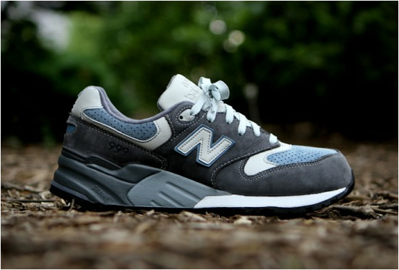 Ronnie Fieg X New Balance 999 Steel Blue | Image