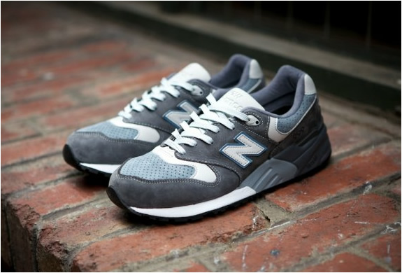 ronnie-fieg-new-balance-999-steel-blue-4.jpg | Image