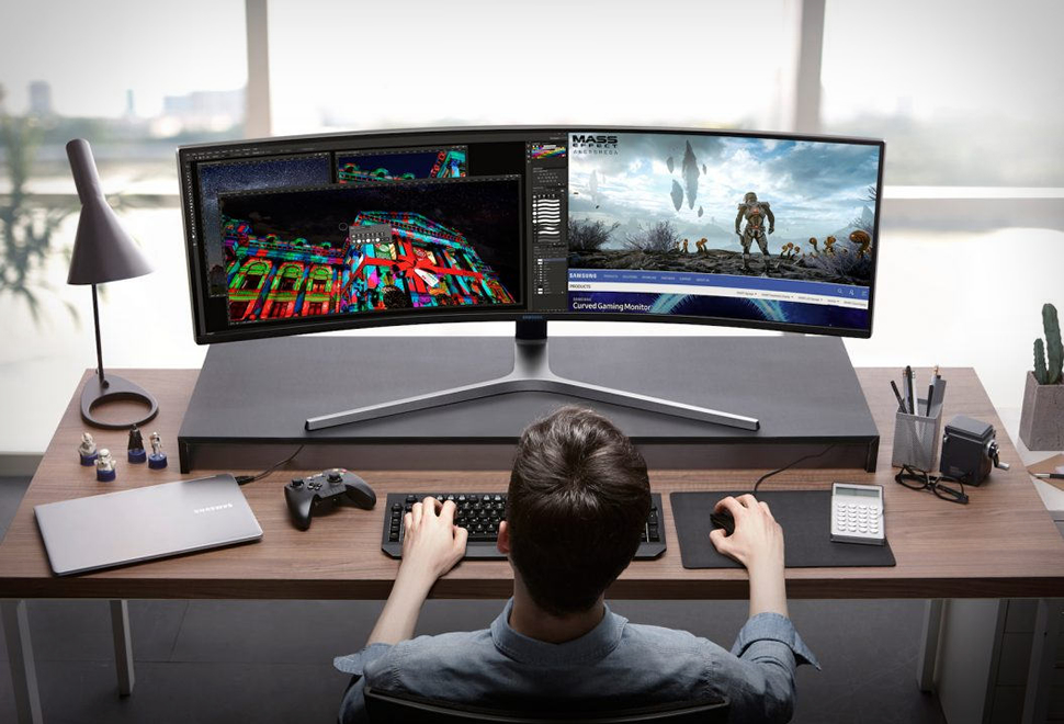 Samsung 49-inch Curved Gaming Monitor | Image