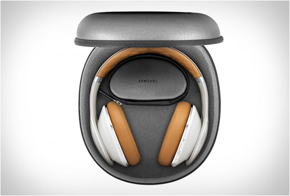 samsung-level-over-headphones-7.jpg