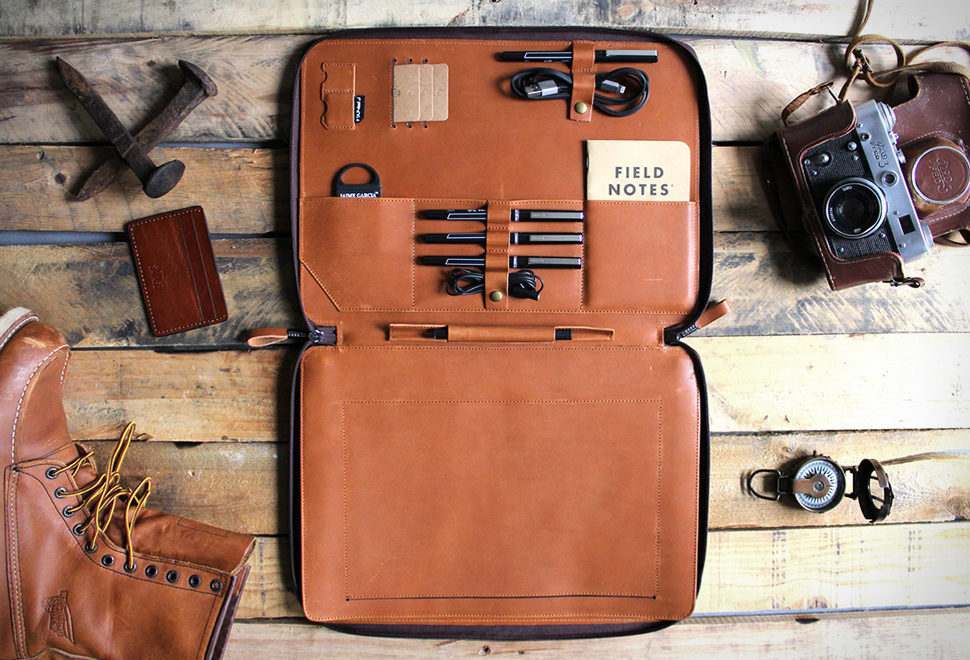SAVAGE SUPPLY MACBOOK ORGANIZER | Image