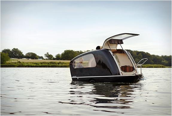 sealander-amphibious-camper-2.jpg