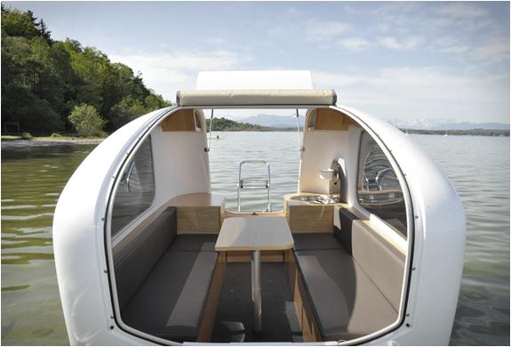 sealander-amphibious-camper-3.jpg