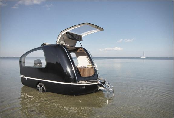 sealander-amphibious-camper-6.jpg
