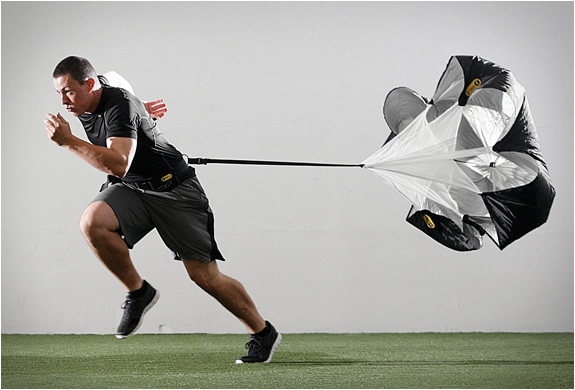 sklz-speed-training-parachute-2.jpg | Image