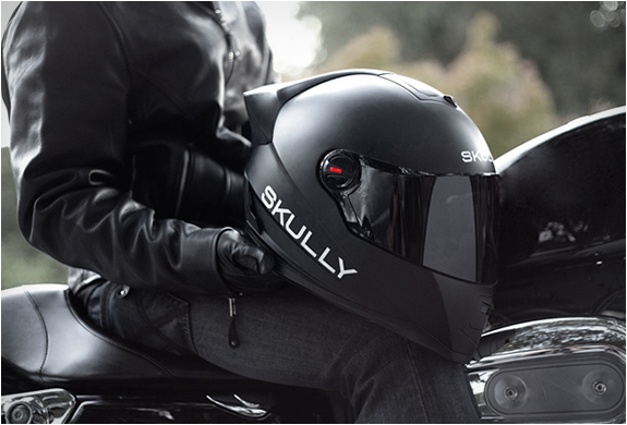skully-ar-1-smart-motorcycle-helmet-3.jpg | Image