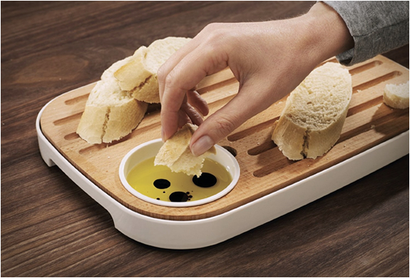 slice-serve-bread-cheese-board-4.jpg | Image