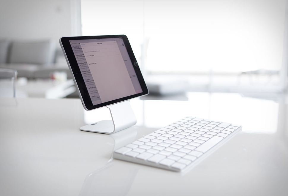SLOPE TABLET STAND | Image