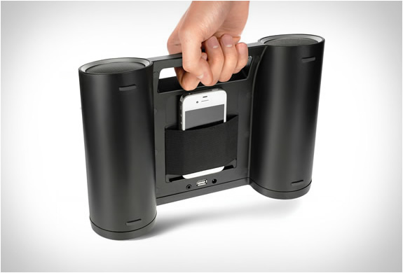 solar-powered-wireless-speaker-2.jpg