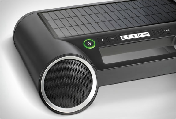 solar-powered-wireless-speaker-5.jpg | Image