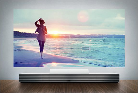 sony-4k-ultra-short-throw-projector-7.jpg