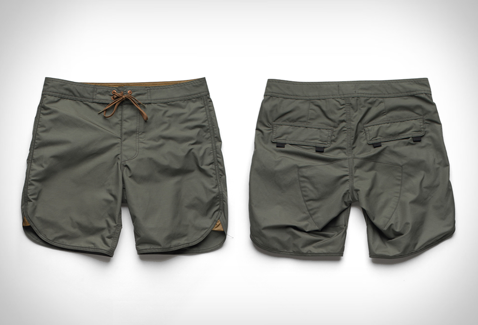 STANDARD ISSUE BOARDSHORT | Image