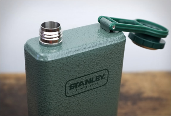 stanley-adventure-flask-4.jpg | Image