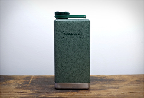 stanley-adventure-flask-5.jpg | Image