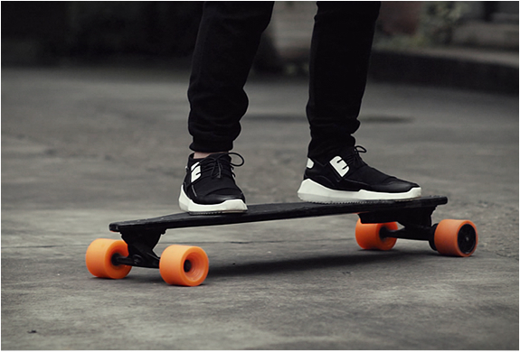 STARY ELECTRIC SKATEBOARD | Image