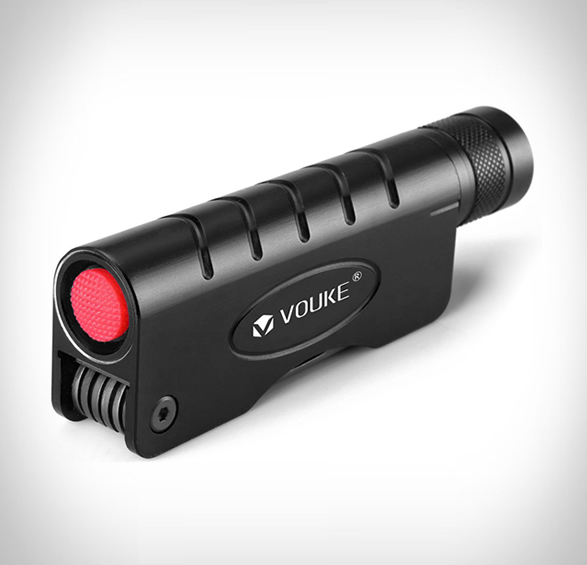 tactical-flashlight-multitool-2.jpg | Image