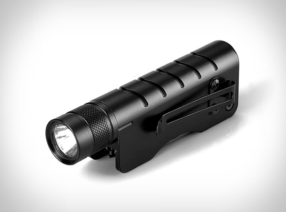 tactical-flashlight-multitool-4.jpg | Image