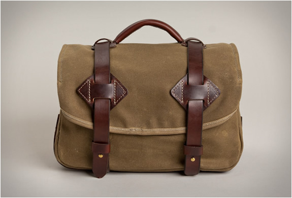 tanner-goods-field-camera-bag-2.jpg