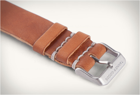 tanner-goods-single-pass-watch-strap-4.jpg | Image