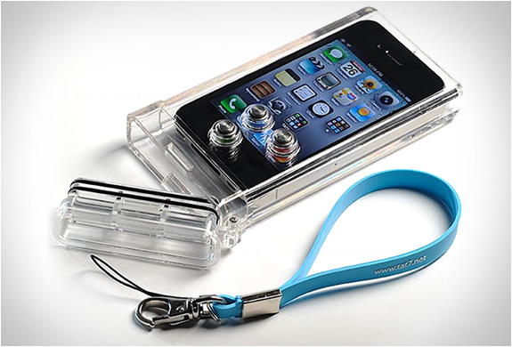 Iphone Scuba Case | By Tat7 | Image