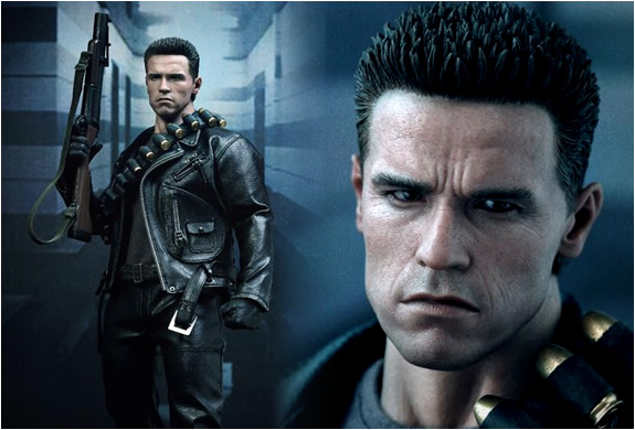 Terminator Hyper Realistic Collectible Figure | Image
